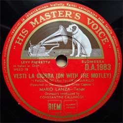 "пластинка патефонная MARIO LANZA (tenor) ""Vesti La Giubba (On With The Motley) - E Lucevan Le Stelle (The Stars Were Bright Shining)"" (Finnish press, vg+) (PG515)"