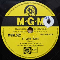 "пластинка патефонная FRANK PETTY TRIO ""St. Louis Blues - Somebody Stole My Girl"" (1951 UK press, vg+) (PG570)"