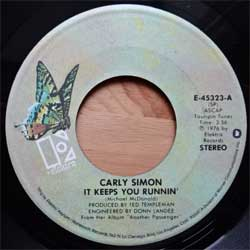 винил LP CARLY SIMON ''It Keeps You Runnin'' (7''single) (1976 USA press, E-45323, ex/sfc)