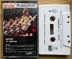 аудиокассета AC/DC ''74 Jailbreak'' (1984 USA press, Dolby HX PRO, SR, 780178-4-Y, mint/mint) (MC3065)