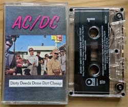 аудиокассета AC/DC ''Dirty Deeds Done Dirt Cheap'' (1976 RI 1994 USA press, Dolby HX PRO, SR, 92414-4, ex+/mint) (MC3066)