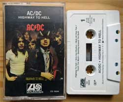 аудиокассета AC/DC ''Highway To Hell'' (1979 RI USA press, AR, Dolby B, CS 19244, no barcode, mint/mint) (MC3345)