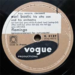 пластинка патефонная EARL BOSTIC, His Alto Sax And His Orchestra ''Flamingo - Sleep'' (10'' шеллак 78 об) (1954 France press, V.3137 (King 9007/9018), ex+/sfc)