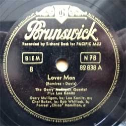 пластинка патефонная GERRY MULLIGAN QUARTET Plus LEE KONITZ ''Lover Man - Lady Be Good'' (10'' шеллак 78 об) (1953 German press, 82 838 A/B, near mint/sfc)