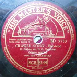 пластинка патефонная GLENN MILLER AND HIS ORCHESTRA ''Cradle Song (Fox-trot) - Elmer's Tune (Fox-trot)'' (1941 Sweden press, vg+) (PG289) (10'' шеллак 78 об)